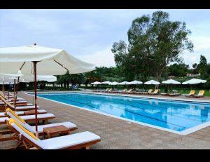 White commercial umbrellas and pool umbrella design