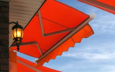 red retractable awning